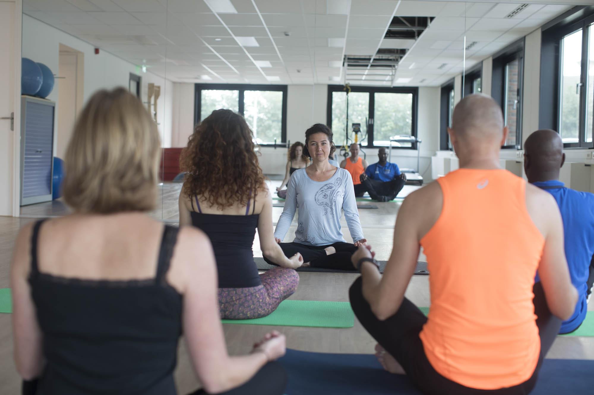 Yoga voor schouderklachten